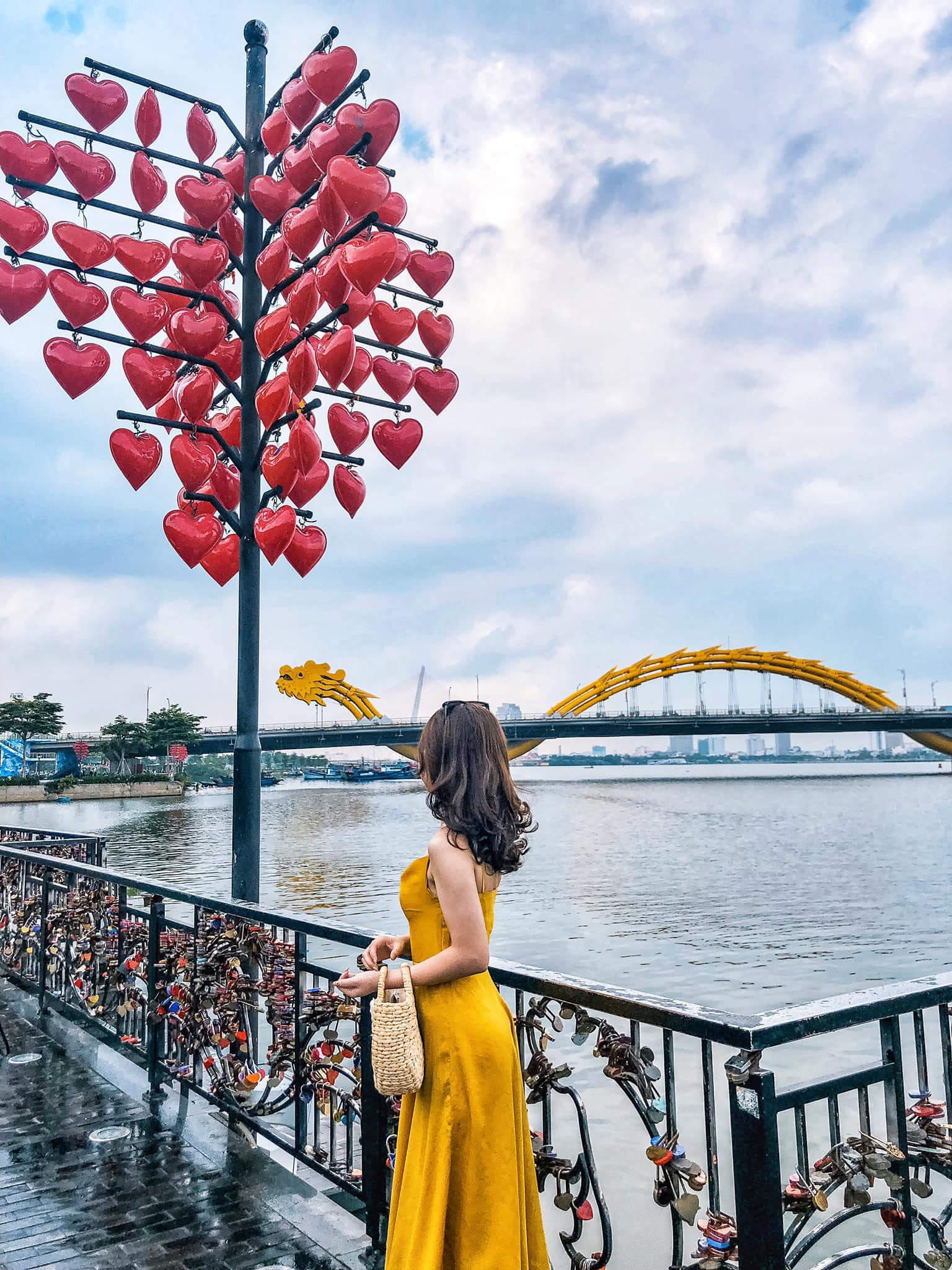 Cau Tinh Yeu Danang Review Chill Cung Chuyen Du Lich Da Nang Hoi An 3n2d 01