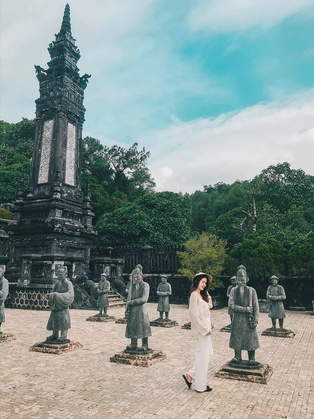 Lang Khai Dinh Review Hue Da Nang Hoi An Ninh Binh 7n7d Chi Voi 8 Trieu Tin Duoc Khong 01