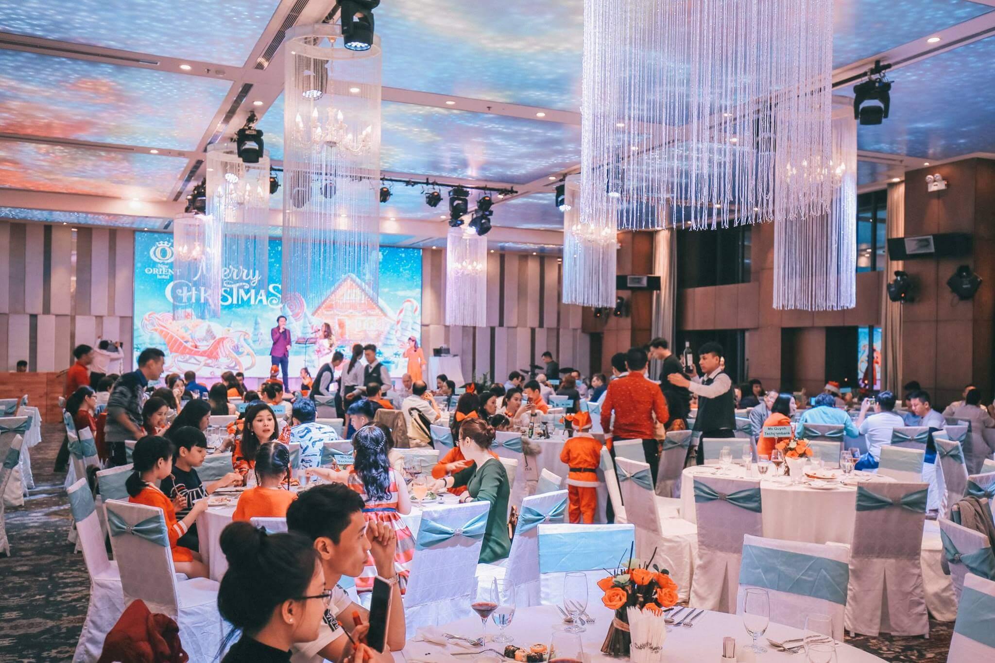 Tiec Don Giang Sinh Nam Moi Tai New Orient Hotel Danang Fantasticity Com 08