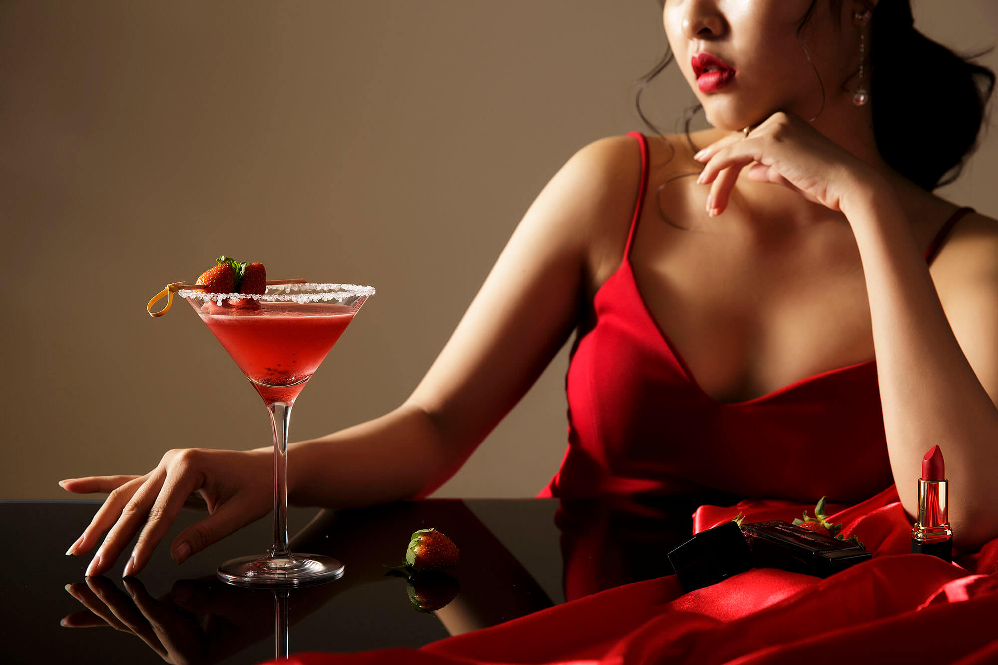 Trai Nghiem Buoi Tiec Sunday Social Tai Infinity Bar Best Bar In Danang Pullman Danang Beach Resort 09