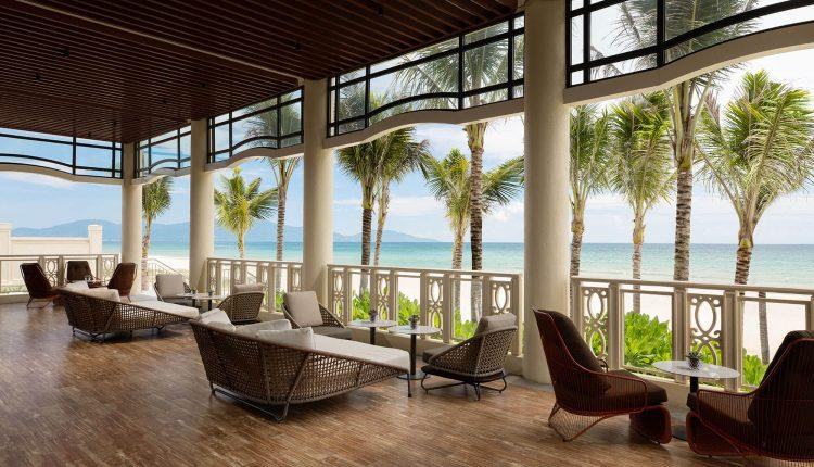 Restaurant La Plage Sheraton Grand Danang Resort 35 Truong Sa Ngu Hanh Son Danang Fantasticity Com