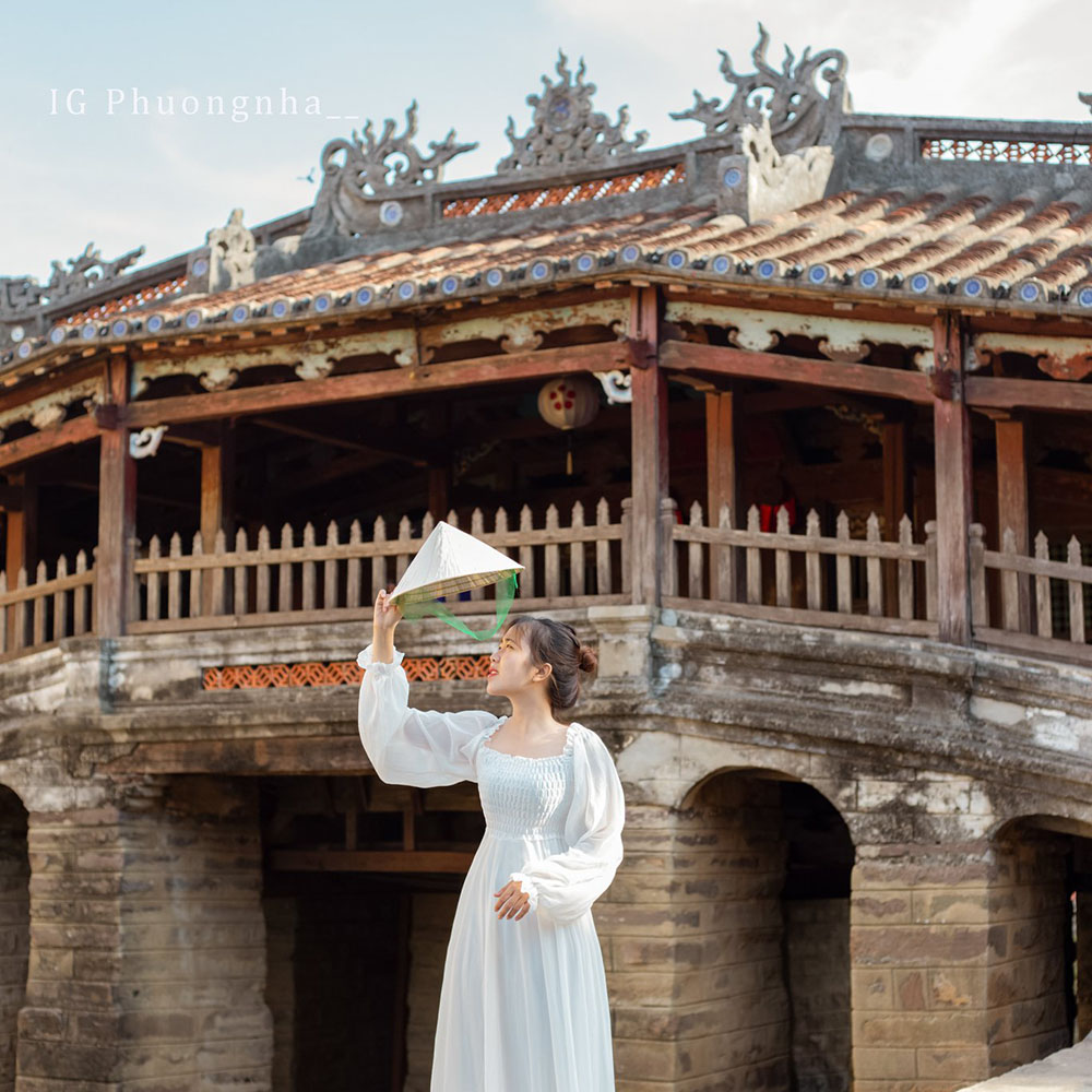 Chua Cau Review Da Nang Hue Hoi An 5n4d Chuyen Di Thanh Xuan Cua Nhom Ba Con Ca Duoi