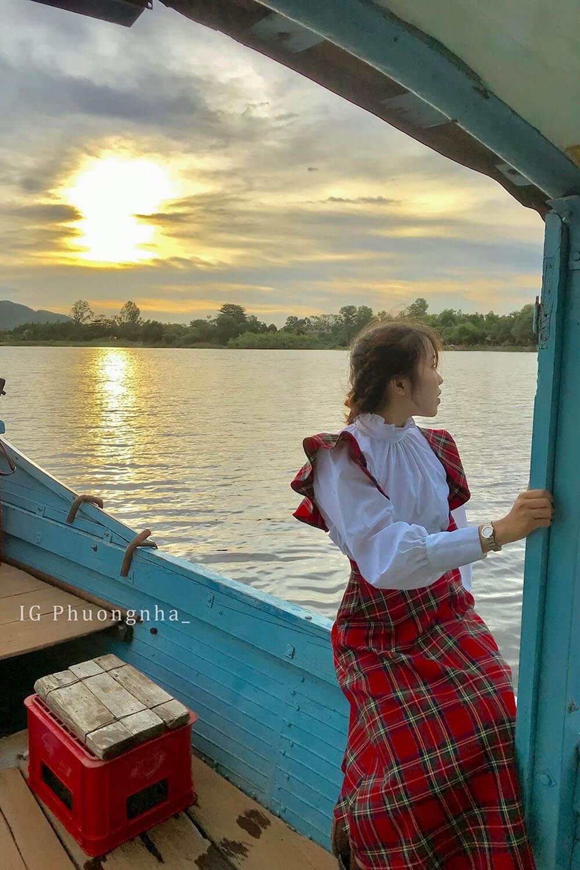 Di Thuyen Song Huong Review Da Nang Hue Hoi An 5n4d Chuyen Di Thanh Xuan Cua Nhom Ba Con Ca Duoi