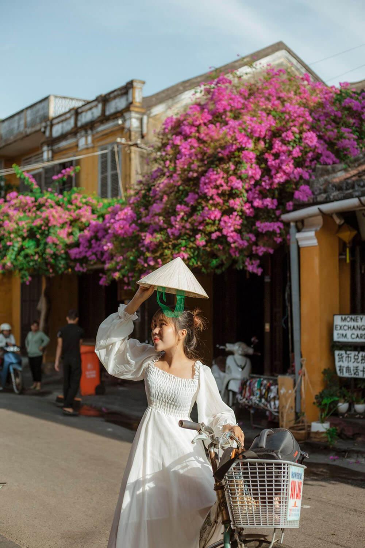 Hoa Giay Review Da Nang Hue Hoi An 5n4d Chuyen Di Thanh Xuan Cua Nhom Ba Con Ca Duoi