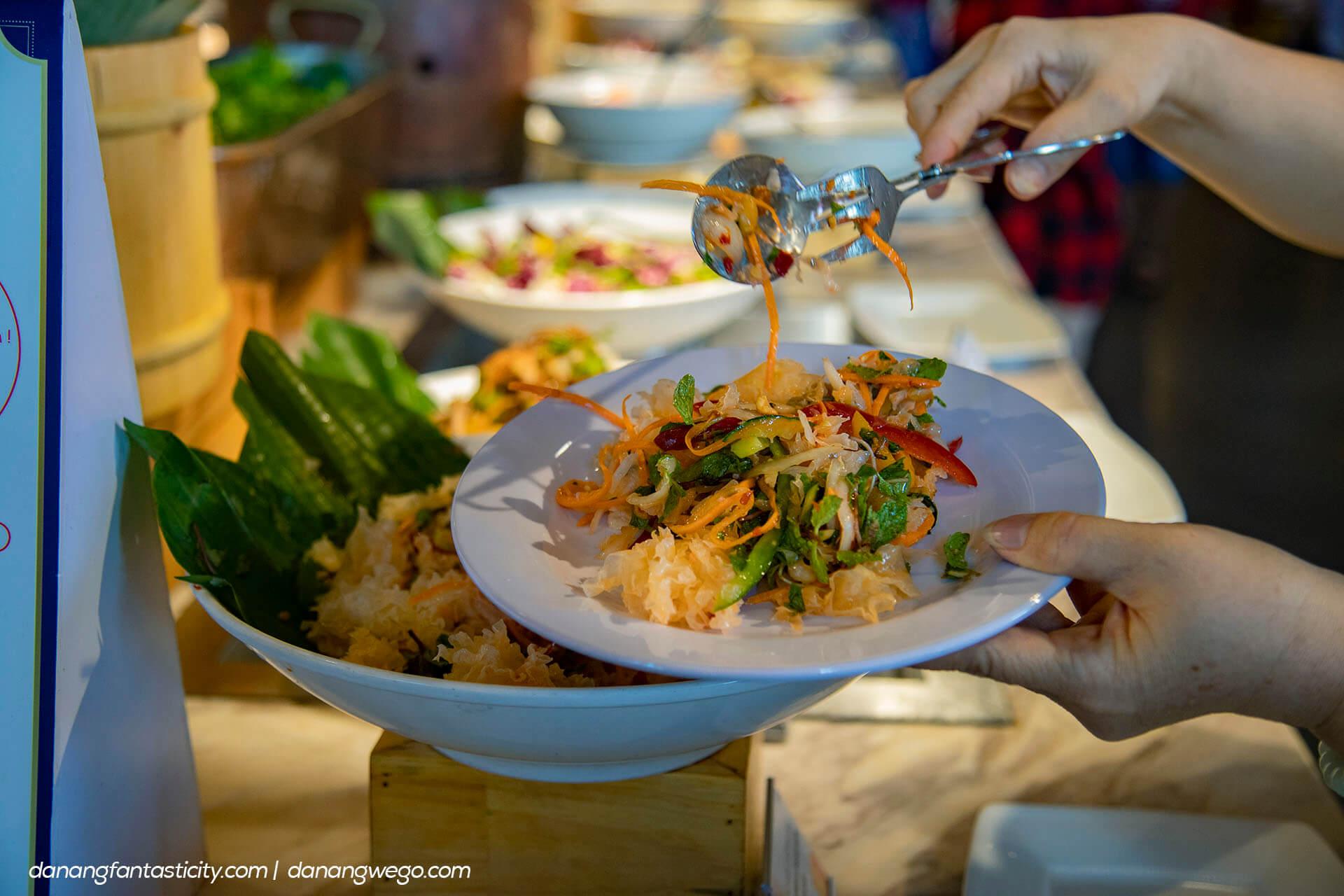 Nhung Dieu Khong The Bo Lo Tai Sun World Ba Na Hills Buffet Bana 04