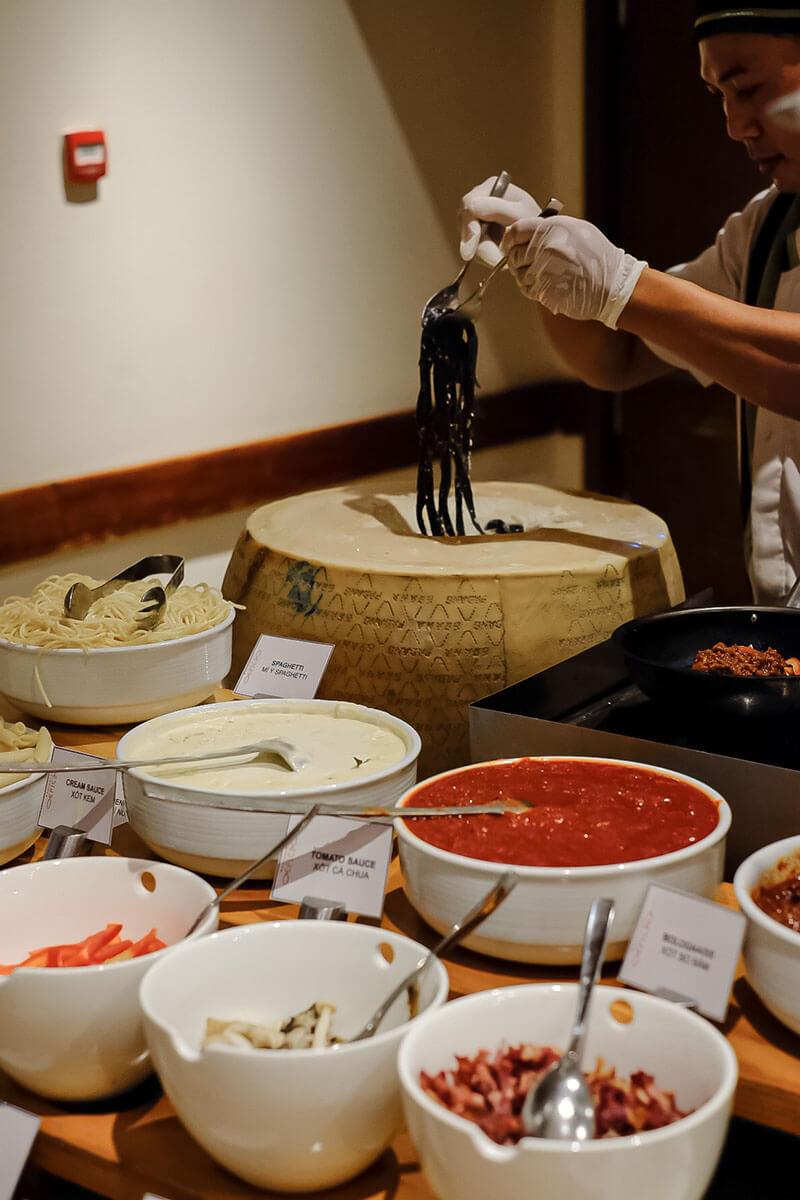 Saturday Seafood Bbq Meat Buffet At Pullman Danang Beach Resort Is Back 010